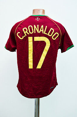 Size S Portugal 2006 World Cup Home Football Shirt Jersey Nike Ronaldo #17