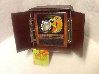 1996 Hanna Barbera Scooby Doo LE Fossil Watch in TV Cabinet