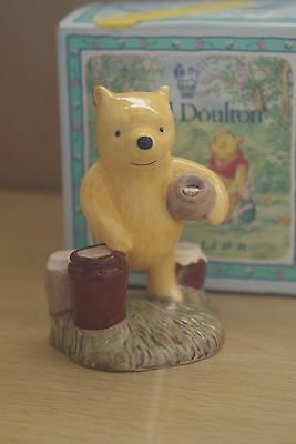 Offer  Pooh Counting The Honeypots Wp 12 Royal Doulton Disney Mib