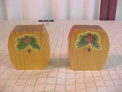 Unique Vintage SPF Wooden Block Pine Cone Designed Salt & Pepper Shakers