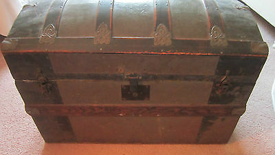 Antique Dome Top Steamer Trunk Storage Wood & Metal No Delivery Pickup Only