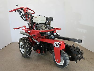 Baretto Self Propelled Hydraulic Mini Trencher- Only 61 hours on it!