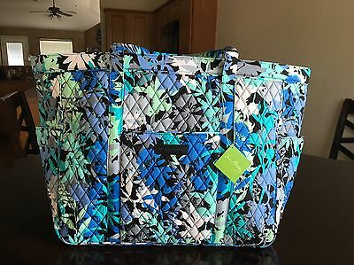 Vera Bradley GET CARRIED AWAY TOTE CAMOFLORAL Large Bag Travel NWT