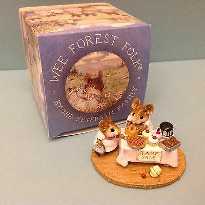 Wee Forest Folk, M-220 Mousey's Bake Sale, 1996, New in Box