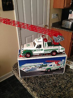 1994 Hess Rescue Fire Truck New Unopened
