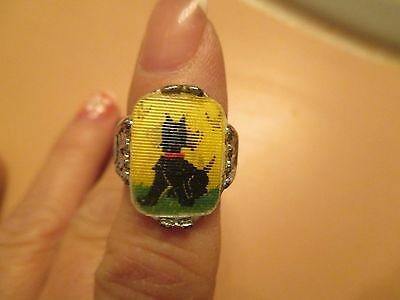Vintage 1960s Scottie Chasing Butterflies Flicker Flasher Toy Ring Adorable!!!!
