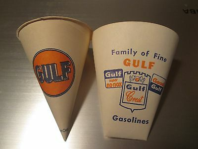 Pair Of Gulf Oil Paper Cups 1950 's