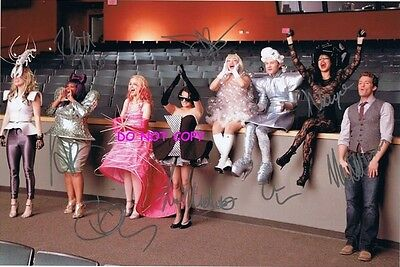 Glee - Hand Signed Photo With Coa - All 8 Main Cast - Autographed 7.3X10.9 Photo
