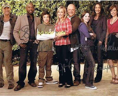 No Ordinary Family - Hand Signed With Coa - The 6 Main Cast Autographed Photo