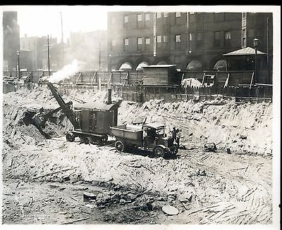 Real Photo 1919  Marion Osgood Shovel at work in City (Cleveland?)