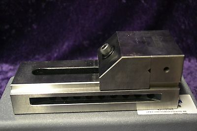 "Gibraltar 2.8""W 4"" Open Toolmaker Screwless Vise"