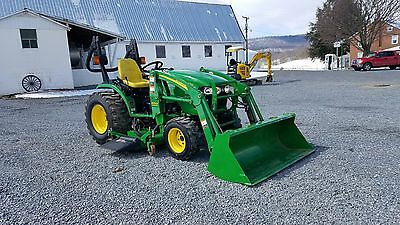 2006 John Deere 2520 Compact Tractor Ag Utility 26hp 4x4 w/ Loader & Belly Mower