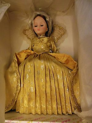 "Effanbee 1978 Collector club  ""Crowning Glory""""  NRFB"