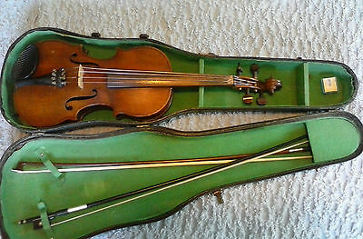 Vintage Violin/Fiddle with two good bows and case
