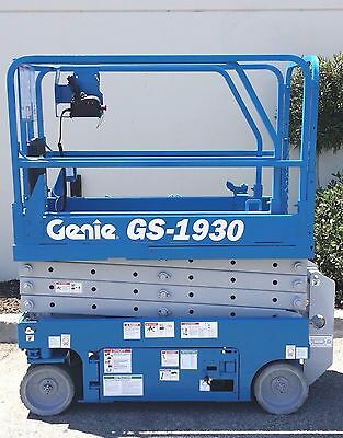 2008 Electric Scissor lift Manlift / Scissorlift / 2008 Genie Scissor lift