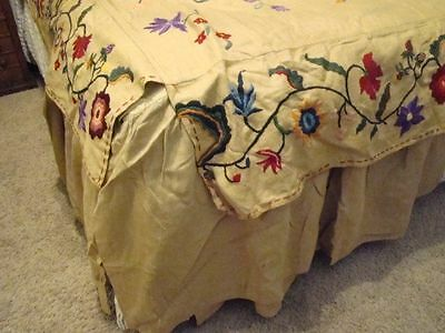 Rare Antique Crewel Hand Work Bed Cover Bedspread & Bed Skirt