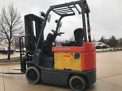 2005 Toyota 5000 Pound Forklifts-Three stage mast-WE WILL SHIP! Budget lifts