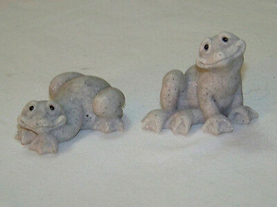 Second Nature - QUARRY CRITTERS - Pair of FROGS