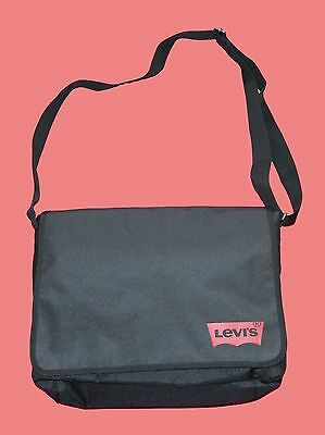 4df5f907bd9a BNWT LEVI S MESSENGER CROSSBODY LAPTOP BAG 13.3
