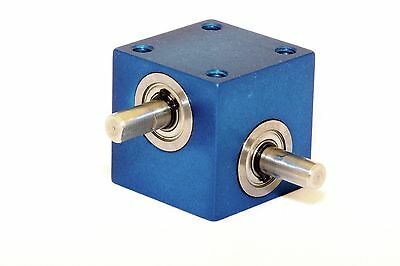 Mini Right Angle Helical Gear Box MODEL RA-303-P1 1:1 Panel