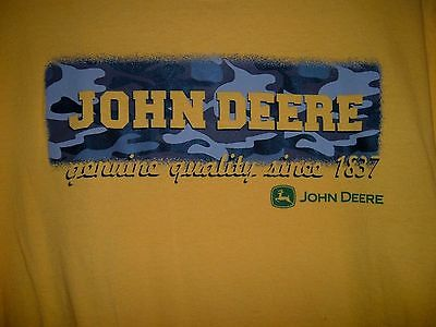 John Deere Camo Logo Yellow Youth XL (18) T-Shirt