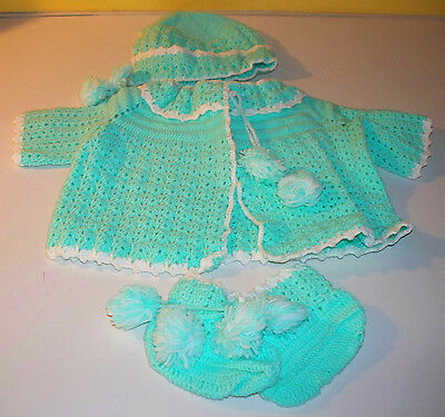 Lot of 4 Hand Knit Soft Green Baby Newborn Sweater Hat Booties Boy Or Girl Cute