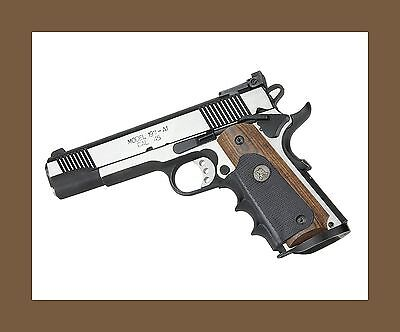 Pachmayr (WALNUT) American Legend Grips for full size COLT 1911s Government