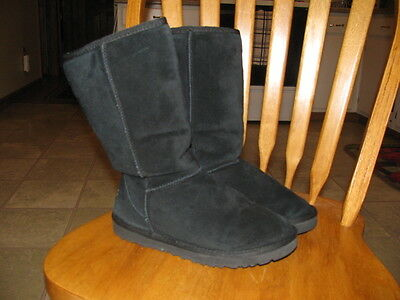 Womans UGG Boots size 7