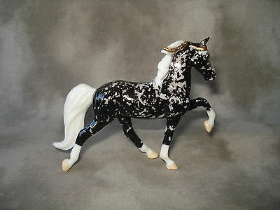 Breyer CM Glossy Decorator Black Florentine Tennessee Walking Horse Stablemate