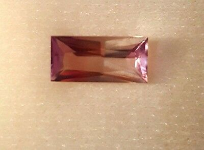 Extremly Rare Bicolor-Red And Color Change Diaspore Gemstone,natural,3.45 Crt