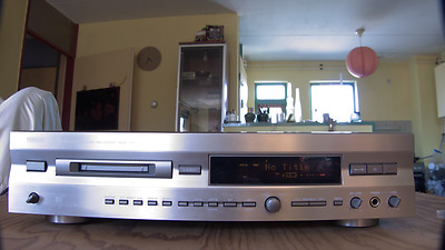 Vintage Yamaha MDX 793 High end Minidisk recorder