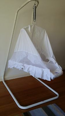 Amby Natures Nest baby hammock bed
