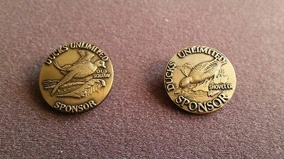 Ducks Unlimited Old Squaw 1990 and Shoveler 1991, bronze collector pins.
