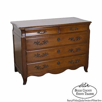 Baker Furniture Vintage French Louis XV Style Chest of Drawers Dresser