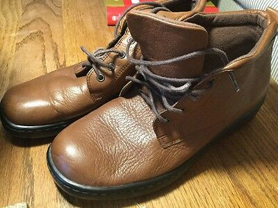 NATURALIZER Size 7.5M Women's Brown Leather Lace Up Ankle Boots