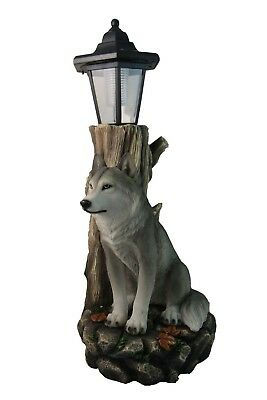Wolf Greetings Figurine Solar LED Light Lantern Welcome Lamp