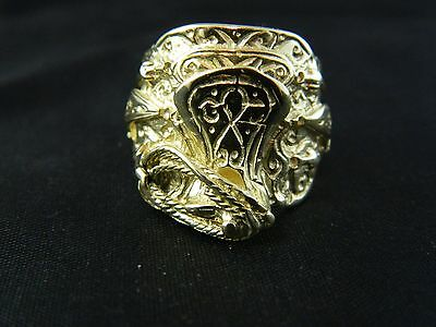 9ct Gold Hallmarked Brand New Saddle Ring  18.2g Keeper ,Knot, Buckle
