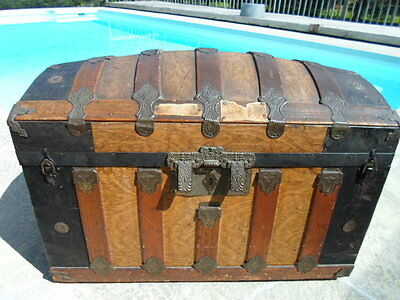 Vtg Victorian Dome Top Steamer Trunk Chest Wooden and Metal late1800's .. # 4218