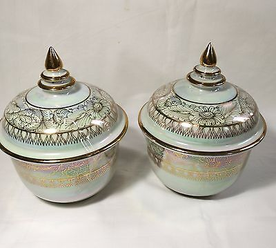 A pair of Beautiful Thailand handmade green gold  porcelain bowls with  lids