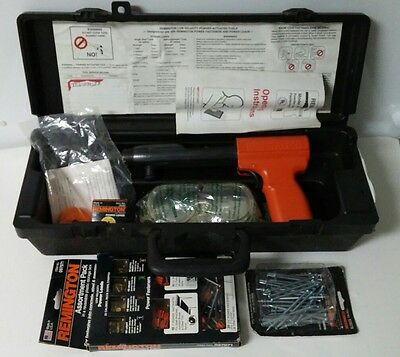 Remington Nail Gun 494 Low Velocity Powder Actuated Fastening Tool & Extras/Case