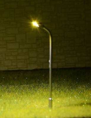 10 x 3.5cm N Z Scale High Quakity Life Like Metal Led Lamp Post Street Lights 3v