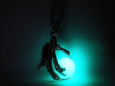 Glow in the Dark - Glow in the Dark Dragon Claw - Dragon Ball - Game of Thrones