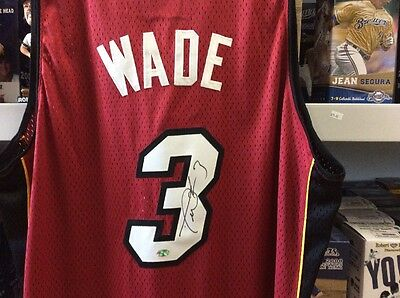 Dwayne Wade Miami Heat Signed Auto Jersey - C.o.a Legends Of The Field