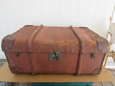 VINTAGE TRUNK CHEST Burlap GREAT LOOK 27 x 19 x 10.5  NICE LOOK