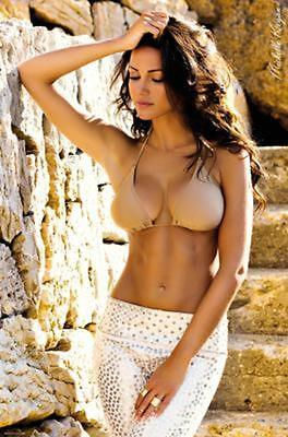 Michelle Keegan Glow Pinup Photo Poster 24x36