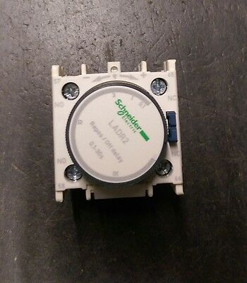 NEW Schneider / Telemecanique LADR2 Time delay auxiliary contact block Off Delay