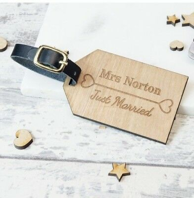 2pcs Personalised Wooden Luggage Tag Just Married Mr and Mrs WLT-102