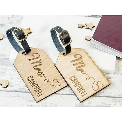 2pcs Personalised Wooden Luggage Tag Mr and Mrs Heart  WLT-101