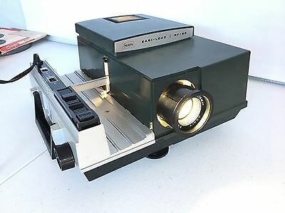 Vintage SEARS EASI - LOAD R-53 Slide Projector Model 9843 with Remote & Manual