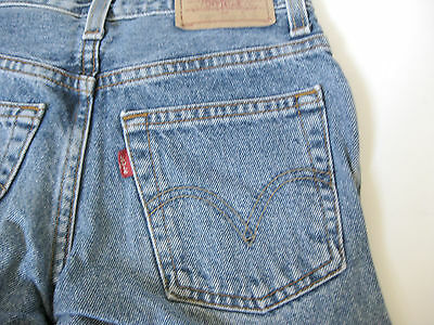 """Levi's 550 Relaxed Fit Boys Jeans Size 10 Slim 23"""" Waist Medium Wash"""